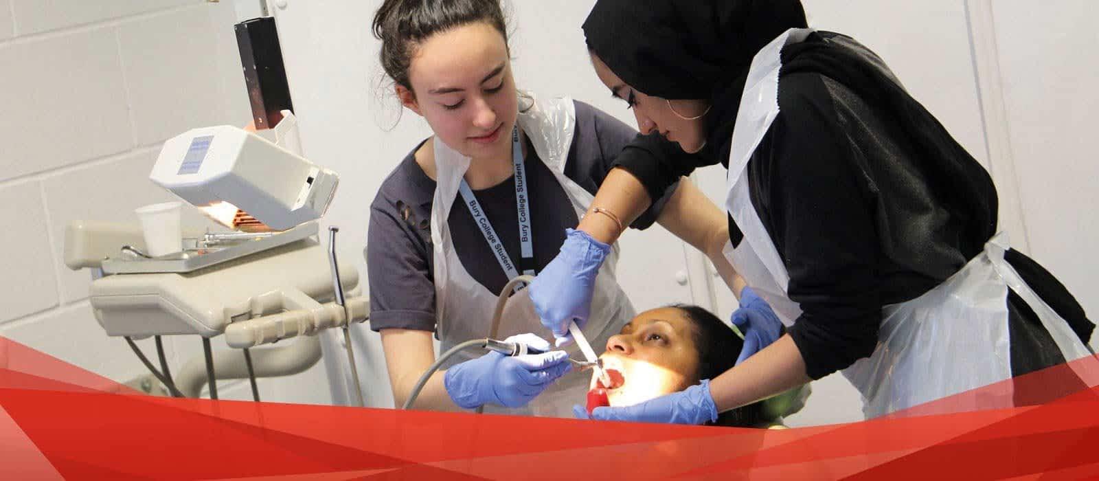 How Can I Become a Dental Nurse?